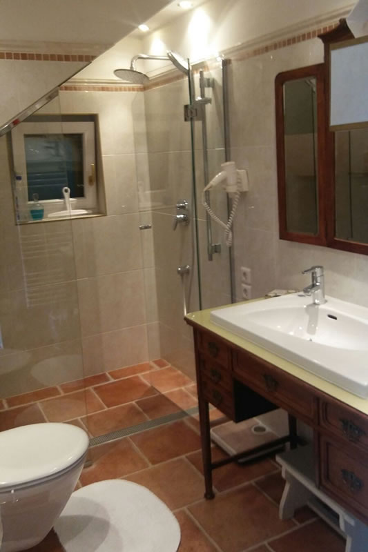 Badezimmer Ausstattung - Antikus